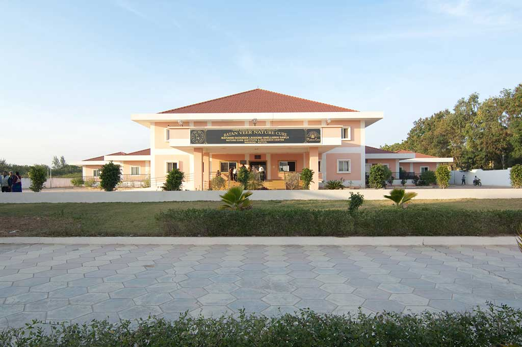 Ratan Veer Nature Cure Centre in Kutch | Gujarat