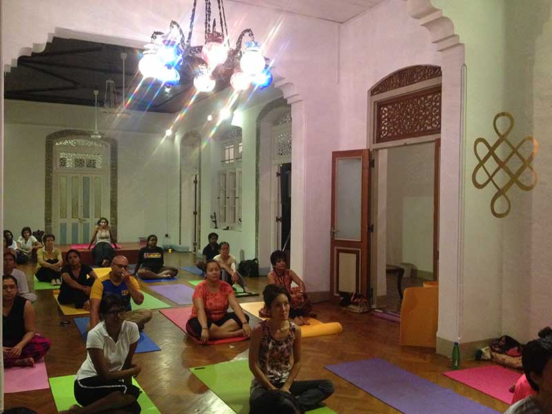 ⇨ Prana Lounge Holistic Health & Yoga Center in Colombo
